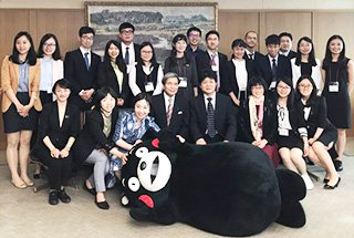 photo of Kumamoto prefectural governor special lecture